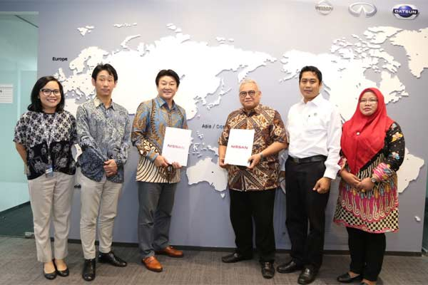 Kemnaker melalui Badan Besar Pelatihan Kerja (BBPLK) Bandung sepakat menjalin kerja sama dengan PT Nissan Motor Indonesia untuk meningkatkan kualitas pelatihan kerja kejuruan otomotif.  - Kemnaker