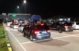 JALUR MUDIK : Terjadi Antrean 300 Meter di Gerbang Tol Bakauheni Selatan