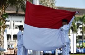 Insiden Merah Putih Jatuh di Gedung Sate Akibat Pengait Patah