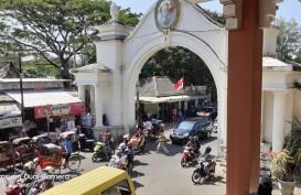 Jika di Solo, Jangan Lupa Beli Oleh-oleh Batik di Pasar Klewer