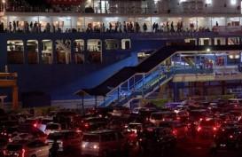 Jumlah Kendaraan Meningkat 30 Persen di Penyeberangan Merak