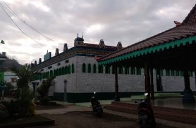 Jemaah Al Muhdlor di Tulungagung Salat Idulfitri Hari Ini