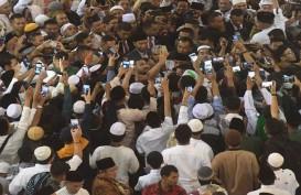 Warga Penasaran, Ingin Lihat Jokowi Usai Salat Id