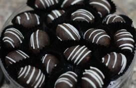 Manisnya Bisnis Kurma Cokelat di Hari Raya