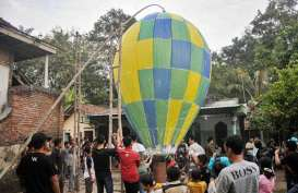 AirNav Ingatkan Bahaya Balon Udara Liar Bagi Penerbangan
