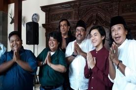 Silaturahmi Lebaran, Pemain Si Doel 2 Kumpul di Rumah…