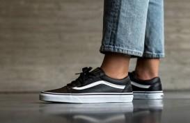 3 Alasan Mengapa Vans Old Skool Classic Sangat Populer di Kalangan Pencinta Sneakers