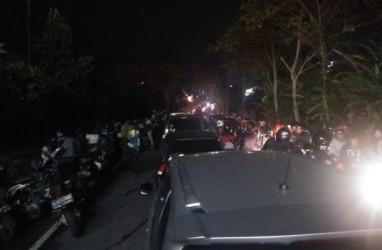 Puncak Macet Total, One Way Arah Jakarta Dibuka Pukul 21.00 WIB