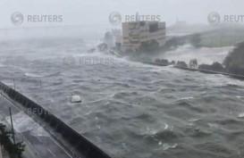 Kapal Penumpang Arus Balik di Aceh Dihantam Badai