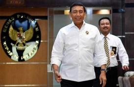 Rencana Pembunuhan : Menkopolhukam Tangkis Anggapan 'Wiranto Lebay'