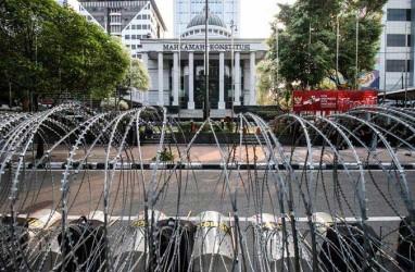 Gugatan Prabowo-Sandi : Ketua KPU dan Bawaslu Serahkan Dokumen Jawaban dan Keterangan ke MK