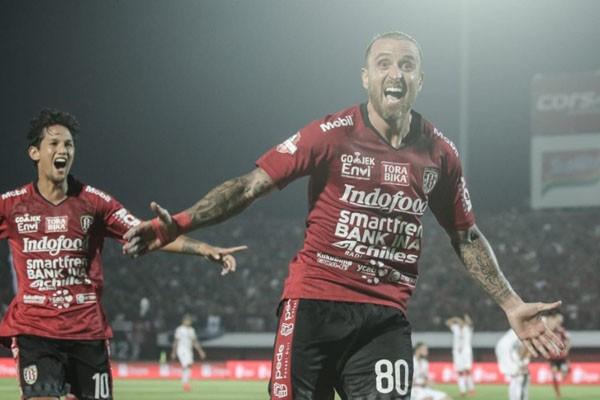 Dua penyerang andalan Bali United, Paulo Sergio (kanan) dan Irfan Bachdim. - BaliUtd.com