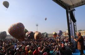 Parade 105 Balon Udara Meriahkan Langit Pekalongan