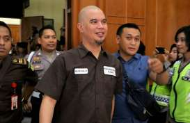 Terbang dari Surabaya, Ahmad Dhani Masuk Sel Isolasi di Lapas Cipinang