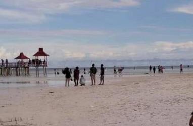 Pengelolaan Wisata Pantai Kota Ratu Berkonsep Kerakyatan