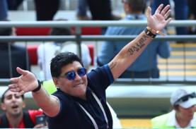 Punya Masalah Kesehatan, Maradona Tinggalkan Klub…