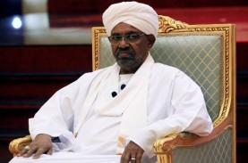 Diduga Korupsi, Eks Presiden Sudan Segera Dibawa ke…