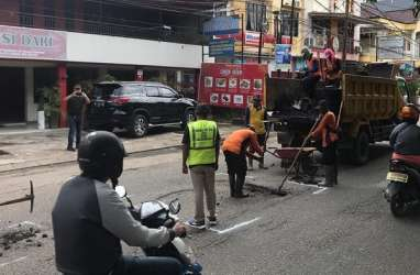 Pemkot Palembang Siap Perbaiki 228 Ruas Jalan Rusak