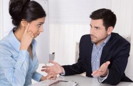 5 Cara Bijaksana Tak Sepakat dengan Atasan