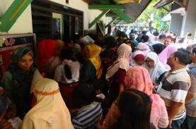 Ratusan Wali Murid di Surabaya Minta PPDB 2019 Sistem…