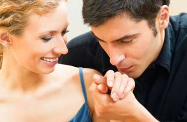 Membangun Kepercayaan Dalam Hubungan Romantis