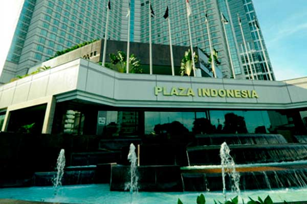 Plaza Indonesia.  - plazaindonesa