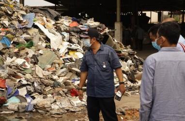 Perusahaan Plastik di Batam Kedapatan Timbun Sampah Impor
