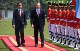 Presiden Jokowi dan Presiden Macri Bahas Kerja Sama Penerbangan dan Kereta Api
