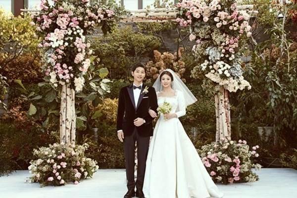 Song Hye-kyo dan Song Joong-ki menikah di Seoul Korea Selatan, Selasa (31/10/2017).  - Istimewa