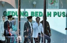 Presiden Jokowi Tengok Risma di RSUD dr. Soetomo Surabaya