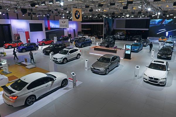 Salah satu sudut Gaikindo Indonesia International Auto Show (GIIAS) 2018. - BMW