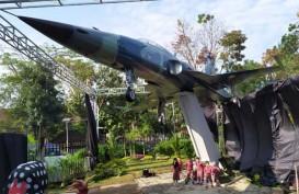 Taman Lalu Lintas Bandung Kini Punya Koleksai Pesawat Tempur F-5 Tiger