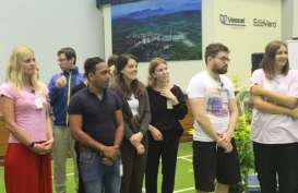 Mahasiswa Universitas Wina Austria Studi Banding ke Purwakarta