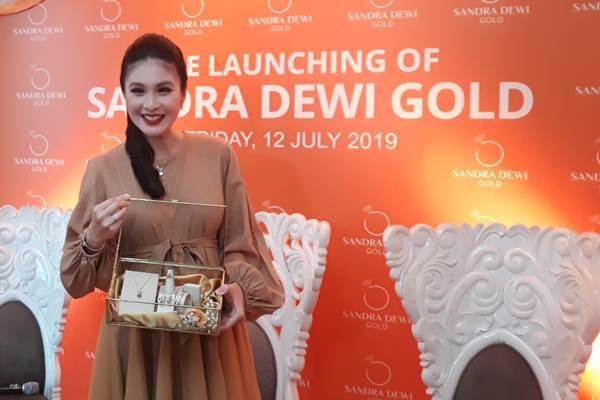 Sandra Dewi saat launching Sandra Dewi Gold di Kemang Icon, Jakarta Selatan, Jumat (12/7/2019). - Bisnis/Ria Theresia Situmorang