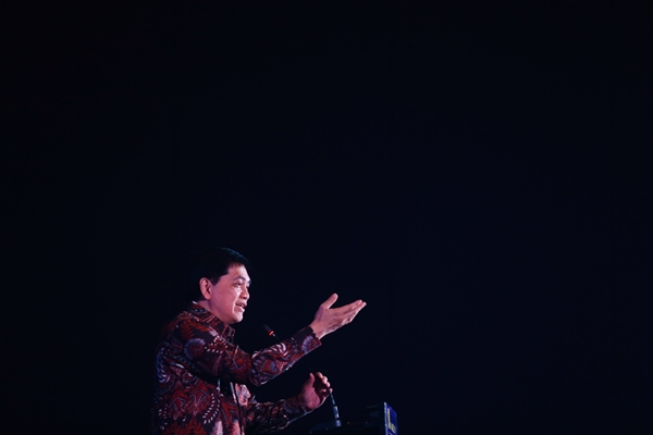 Ketua Dewan Juri Bisnis Indonesia Award 2019 Roy Sembel memberikan sambutan dalam gelaran Malam Anugerah Bisnis Indonesia Award 2019 di Jakarta, Jumat (12/7). - Bisnis/Felix Jody Kinarwan