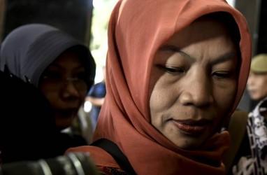 Ke Istana, Baiq Nuril Menangis Berharap Amnesti dari Jokowi