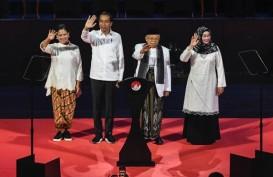 Gaya Iriana Jokowi Berkebaya dan Sepatu Kets Jadi Perhatian