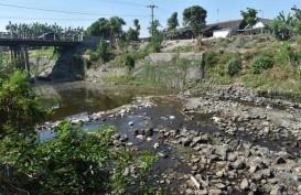Kekeringan, Seribuan Kepala Keluarga di Cianjur Terpaksa Gunakan Air Keruh