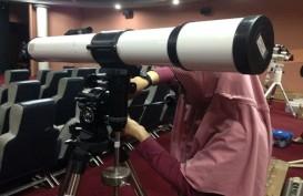 Gerhana Bulan: Hanya Ada 13 Teleskop, Pengunjung harus Antre di Planetarium dan Observatorium Jakarta