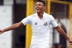 Barcelona Angkut Playmaker Muda Klub Santos Brasil