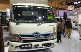 Hino Perkenalkan Truk Dutro Hybrid di GIIAS