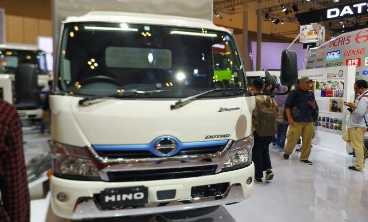 Hino Dutro Hybrid dipamerkan di ajang GIIAS, Kamis (18/7/2019). - Thomas Mola