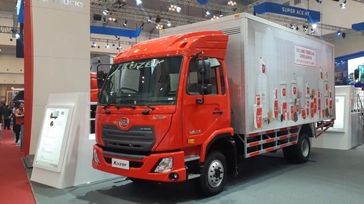 UD Truck Kuzer. JIBI - Aprianus Doni Tolok