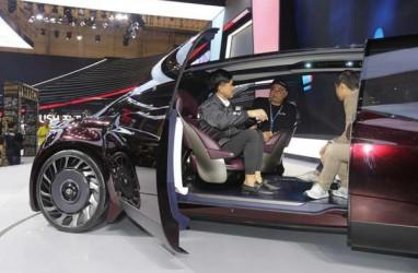 Di GIIAS 2019, Toyota GR Supra Tarik Perhatian Anak Presiden