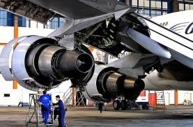 FASILITAS VULKANISIR BAN PESAWAT : GMF AeroAsia Tanam…