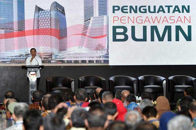 Menteri BUMN Rini Soemarno memberikan pengarahan dalam Seminar Peran Satuan Pengawasan Intern (SPI) BUMN di kantor KPK, Jakarta, Kamis (9/5/2019). - ANTARA/Sigid Kurniawan