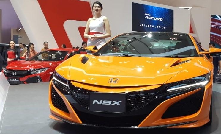 Honda NSX - Bisnis/Aprianus Doni Tolok