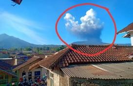 Gunung Tangkuban Parahu Erupsi Jumat Sore, Ini Penjelasan BMKG