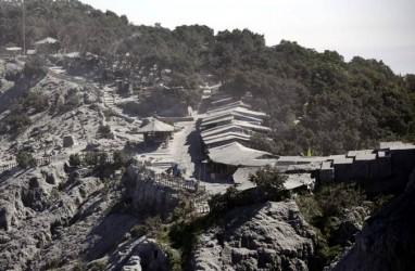 Gunung Tangkuban Parahu Erupsi, Masyarakat Diminta Tetap Tenang