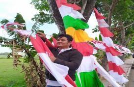 Pria Bogor Ini Rela Berjualan Bendera di Bantul, Omzetnya Rp15 Juta Sebulan